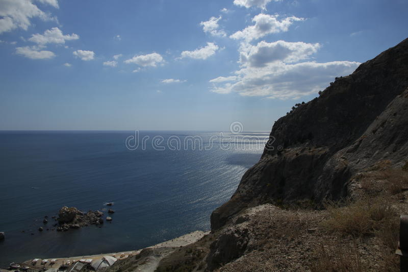 Meer und Felsen stockbilder