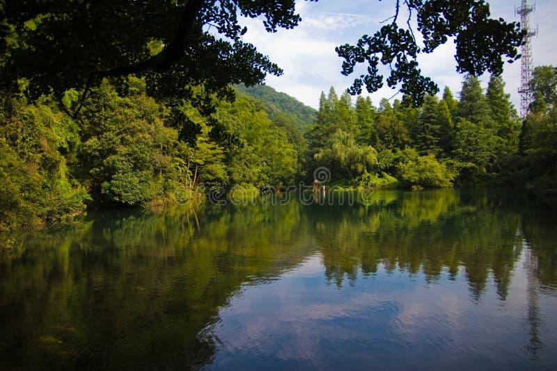 Meer van Berg Tianmu stock afbeeldingen