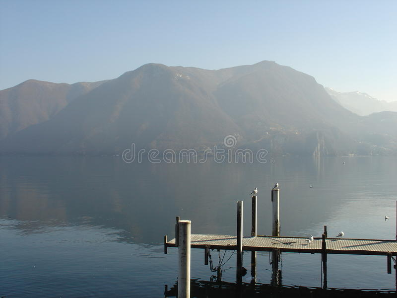 Meer van Lugano Zwitserland royalty-vrije stock fotografie