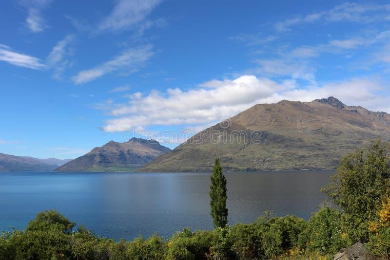 Meer Wakatipu en Cecil Peak, Otago, Nieuw Zeeland stock fotografie