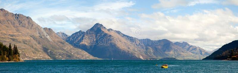 Meer Wakatipu van het Panorama van Queenstown Nieuw Zeeland stock foto's
