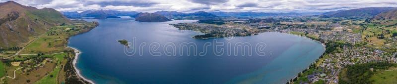 Meer Wanaka, het Panoramische Landschap van Nieuw Zeeland stock afbeeldingen