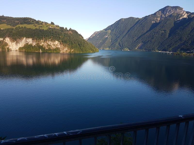 Meer in Zwitserland royalty-vrije stock afbeelding
