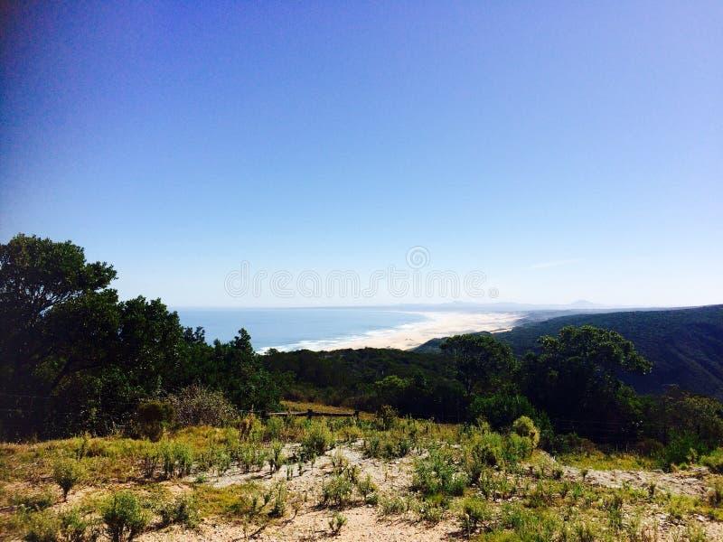 Meerblick-Südafrika-Entspannungs-Strand stockfotografie