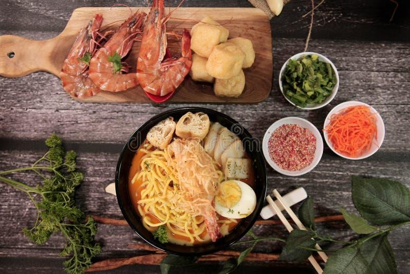 Meeresfrüchte Laksa lizenzfreies stockfoto