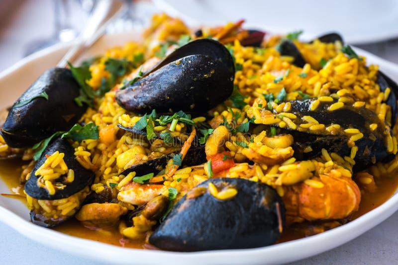 Meeresfrüchte Risotto mit Miesmuscheln und Garnele, Griechenland lizenzfreie stockfotos