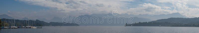 Meerpanorama Luzerne royalty-vrije stock afbeeldingen