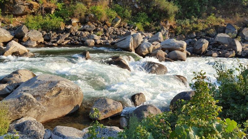 Meeslepend water royalty-vrije stock afbeeldingen
