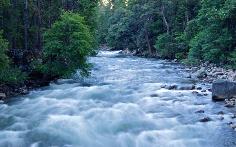 Meeslepende rivier royalty-vrije stock foto's