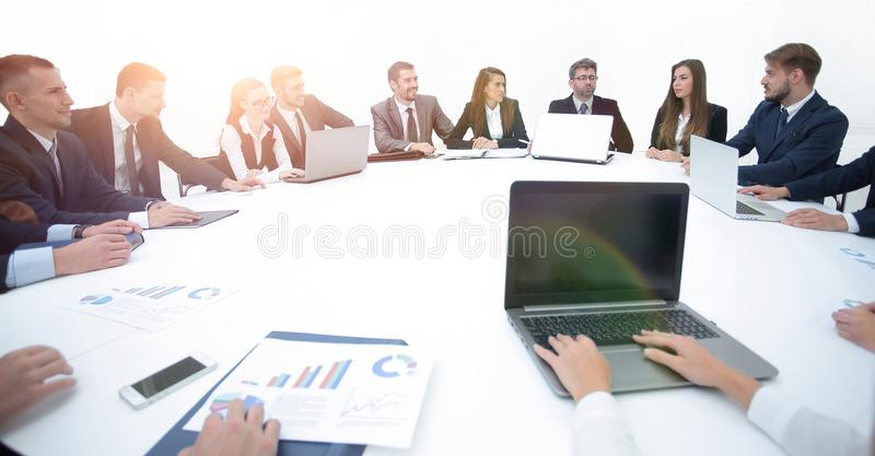 Gentil Download Meeting Of Shareholders Of The Company At The Round   Table. Stock  Image