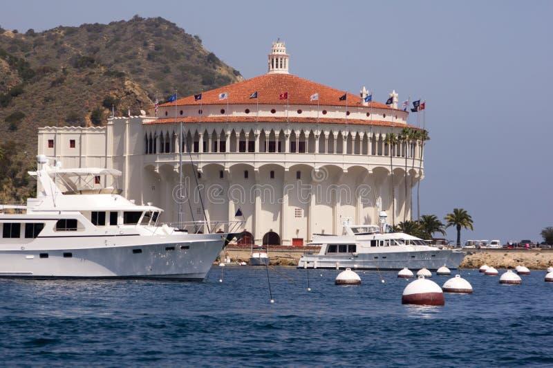 Mega Jacht bij Haven Avalon royalty-vrije stock foto's