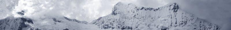 Mega panorama van Centrale Blanca Cordiliera royalty-vrije stock foto's