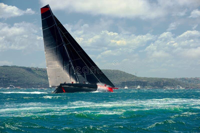 Mega varend jacht sailing Luxejacht stock fotografie