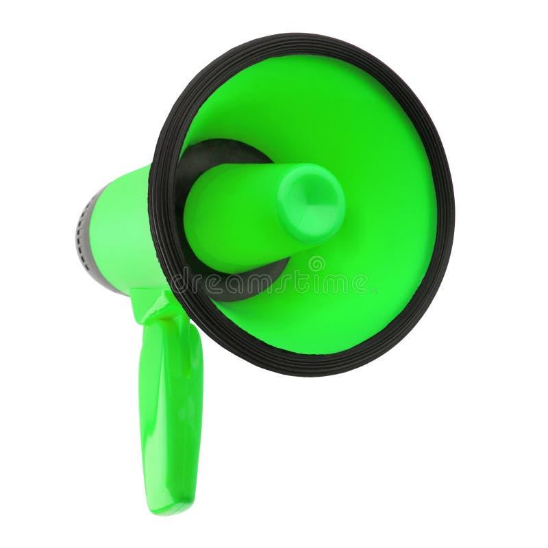 Megafone verde no fundo branco isolado perto acima, no projeto do altifalante da mão, no megafone ou na ilustração da trombeta de fotografia de stock