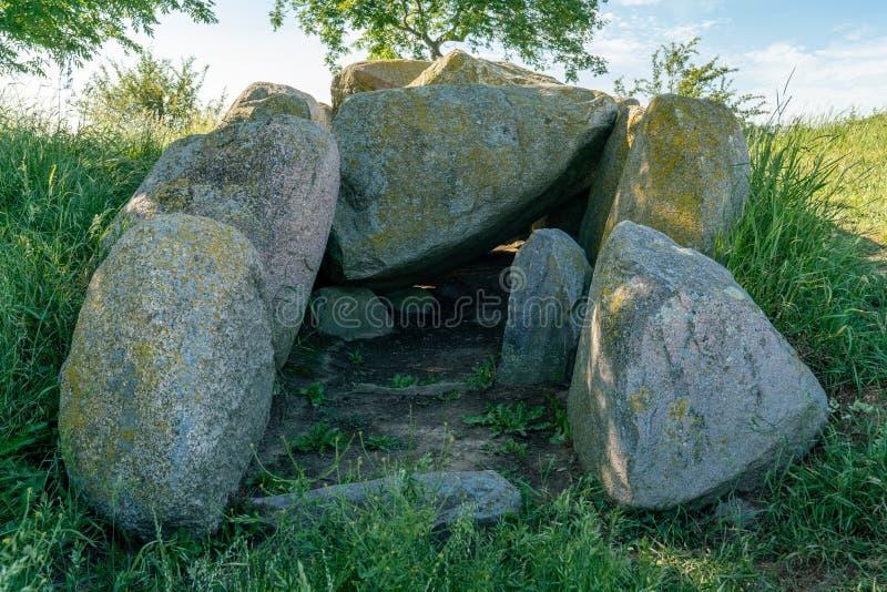 Megalit grobowcowy Mechelsdorf 2 blisko Rerik i Bastorf zdjęcie royalty free