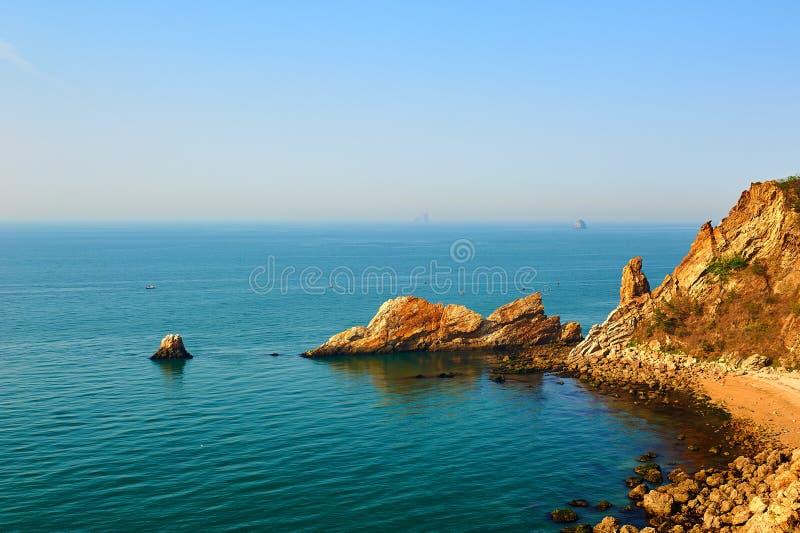 Megalit w morzu obraz stock