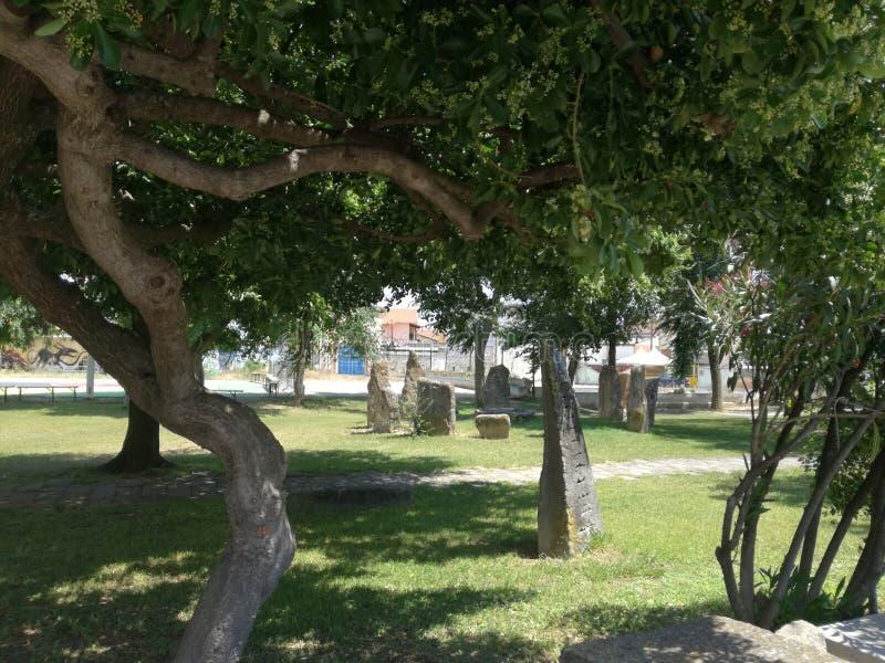 Megalitico ogród San Sperate Sardinia zdjęcia stock