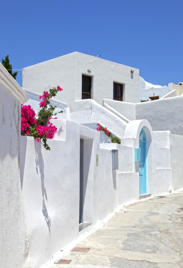 Megalochori传统村庄在圣托里尼,希腊 图库摄影