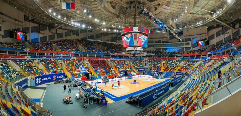 Megasport vlak vóór basketbalspel stock foto
