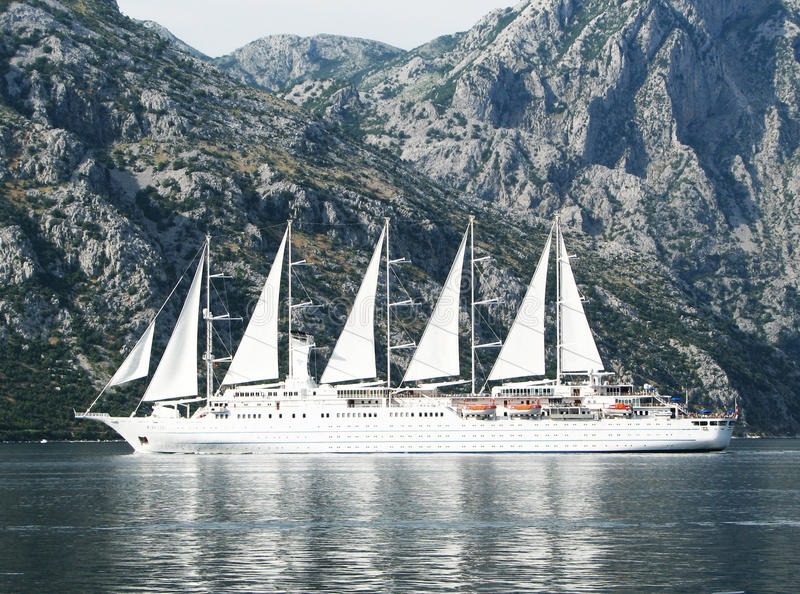 Megayacht en Montenegro MAR ADRIÁTICO fotos de archivo libres de regalías