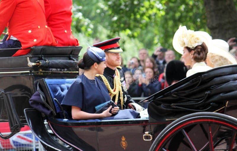 Meghan Markle, Londen het UK 8 Juni 2019 - de voorraadfoto van Meghan Markle Kate Middleton Prince Harry Camilla Parker Bowles stock afbeelding