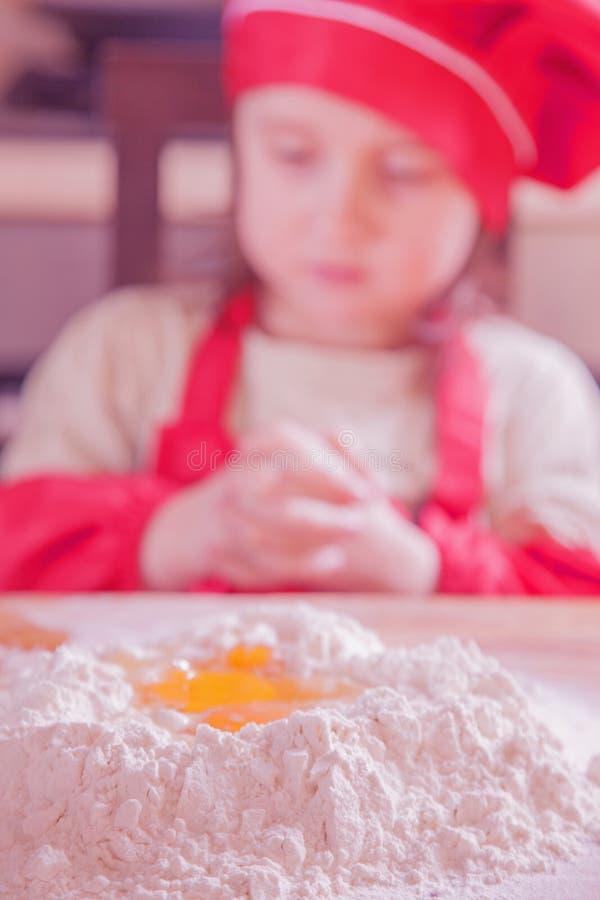 Mehl und Eier E stockfotos