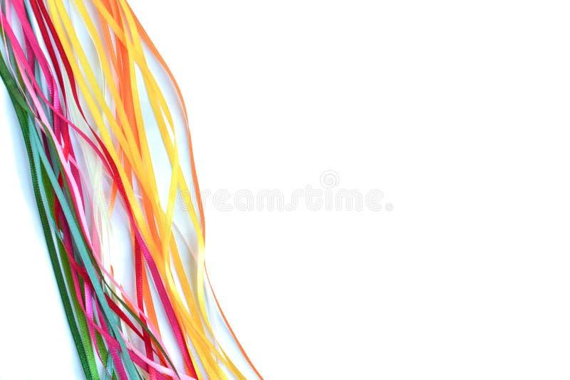 Mehrfarbensatin und Seidenbänder für Kreativität mit einem Platz für eine Aufschrift stockfotos