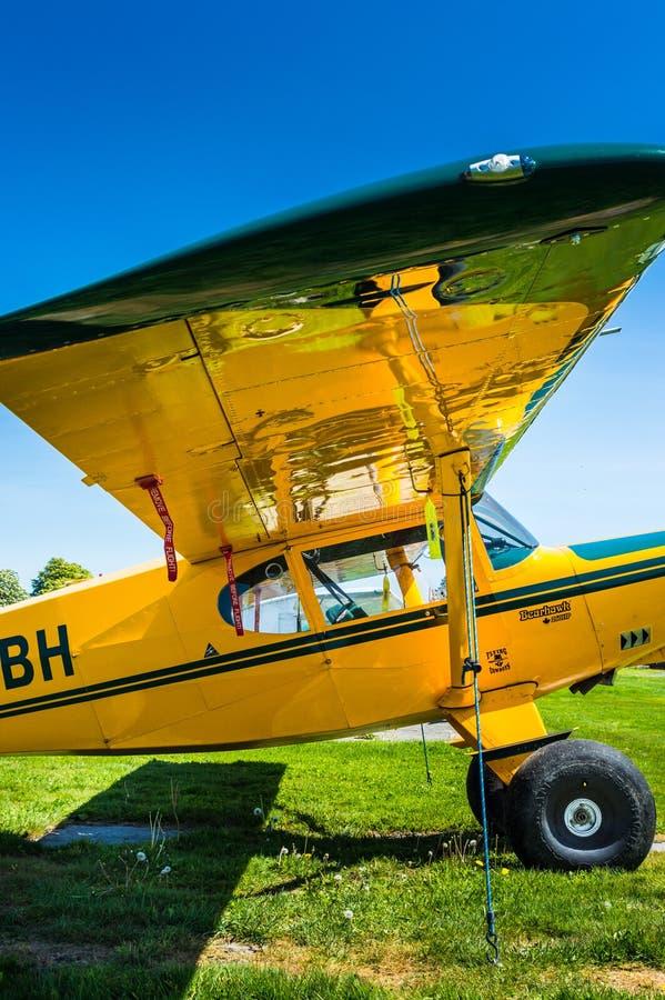 7 mei, 2019 - Delta Brits Colombia: Het enige vliegtuig van Bearhawk 250HP van de motorsteun dat bij Deltaerfenis Airpark wordt g royalty-vrije stock afbeeldingen