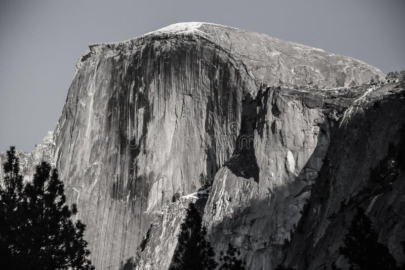 Meia abóbada de Yosemite - efeito da grão do filme do bw foto de stock royalty free