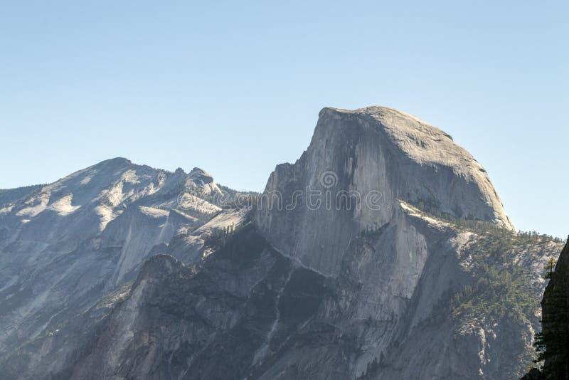 Meia abóbada icónica em Yosemite foto de stock royalty free