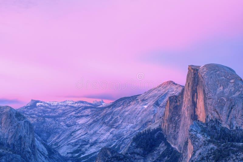 Meia abóbada, parque nacional de Yosemite imagens de stock royalty free