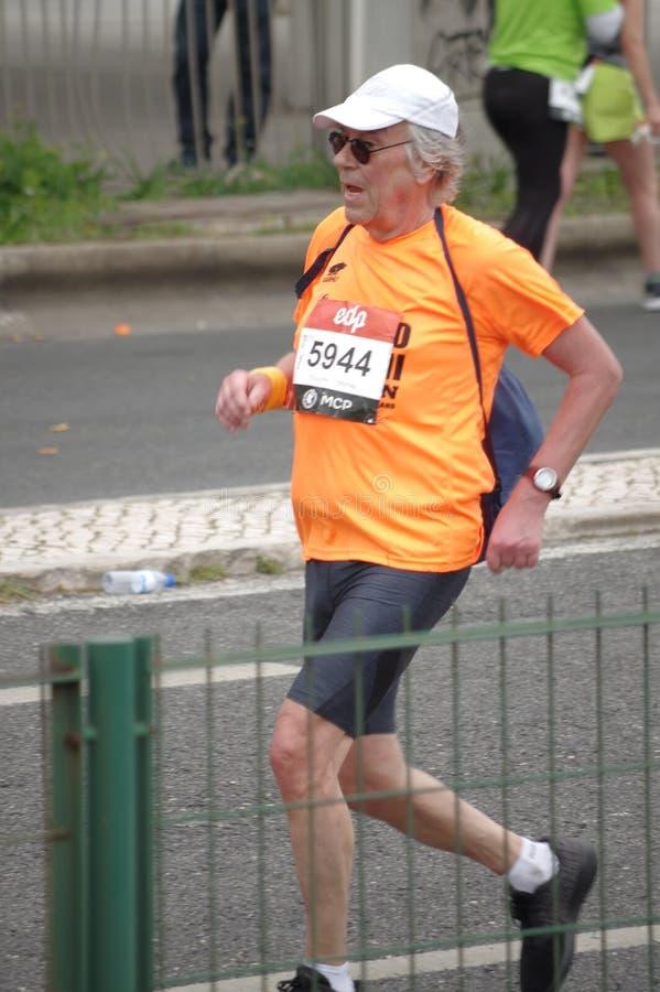 Meia maratona do EDP Lisboa em Portugal imagens de stock