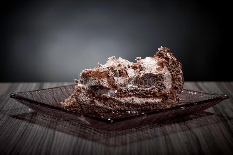 Meia paz comida do bolo imagens de stock