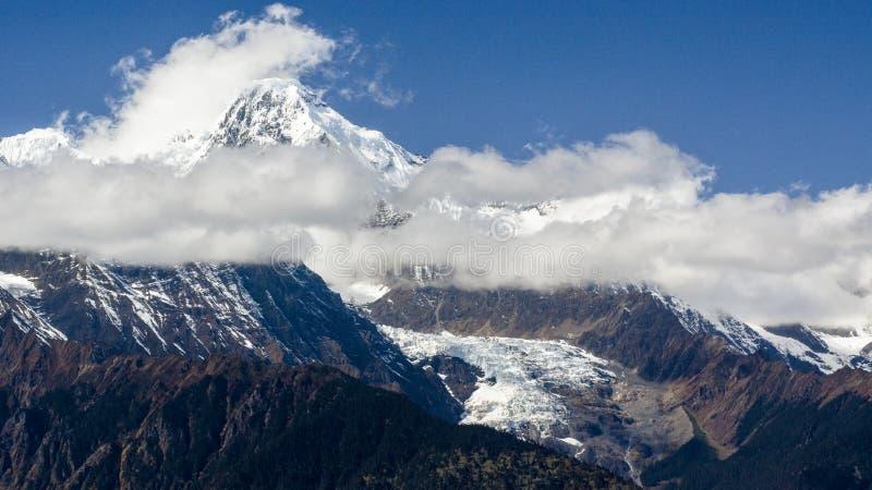 Meili śniegu góra zdjęcie stock