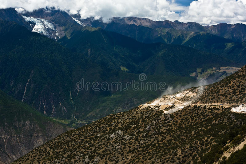Download Meili Snow Mountain Landscape Stock Image - Image of china, holy: 12330263