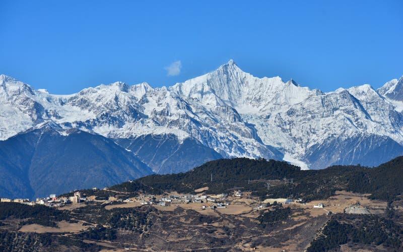 Meili toont bergparadijs stock afbeeldingen