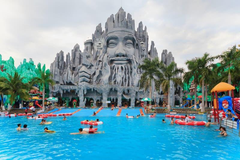 meilleur dans l 39 eau et le parc d 39 attractions suoi tien du vietnam du sud image stock ditorial. Black Bedroom Furniture Sets. Home Design Ideas