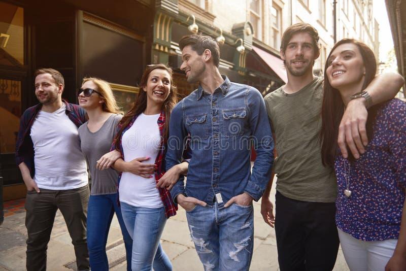 Meilleurs amis dans la ville image libre de droits