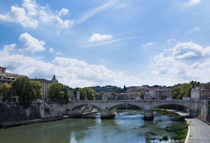 Meio-dia em Roma fotos de stock royalty free