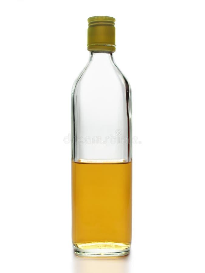 Meio frasco do uísque imagem de stock