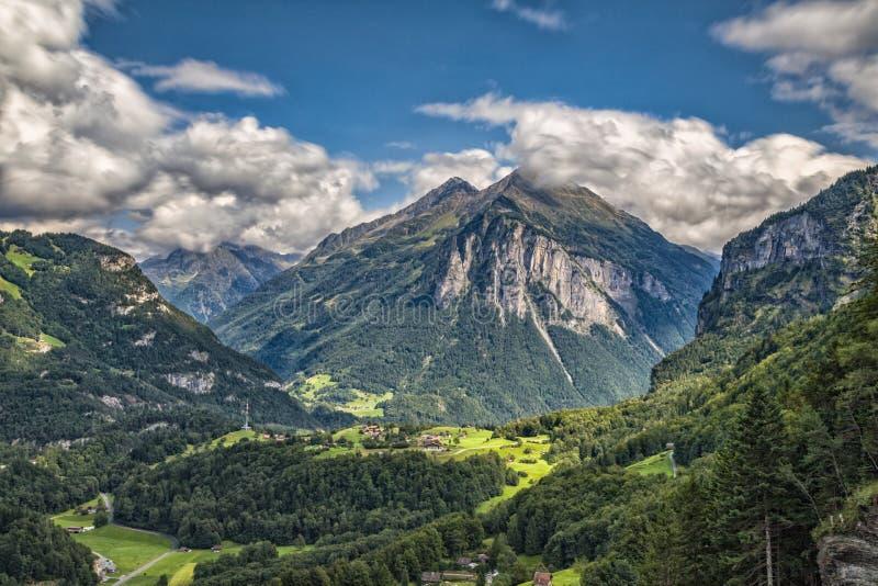 Meiringen in der Schweiz ist ein Muss gehen Bereich lizenzfreie stockfotografie
