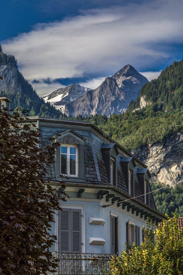 Meiringen in der Schweiz ist ein Muss gehen Bereich lizenzfreie stockbilder
