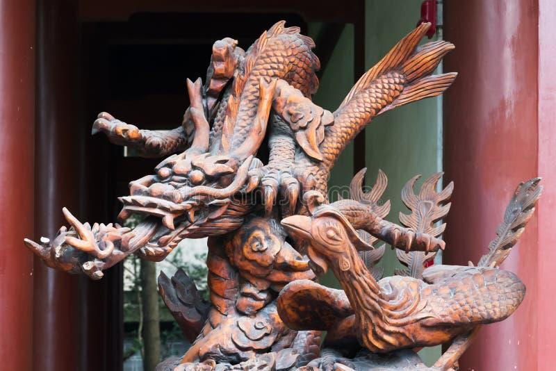 Meishan - SanSuCi-dichterstempel - Draakbeeldhouwwerk stock afbeelding