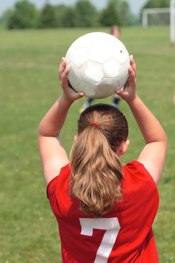 Meisje bij Gebied 25 van het Voetbal stock foto's