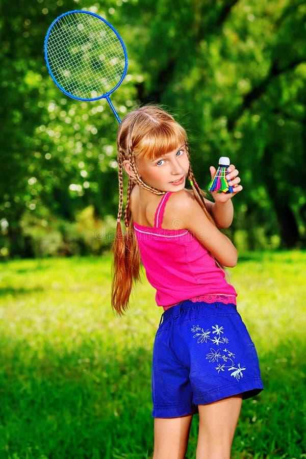 Meisje bij park stock afbeeldingen