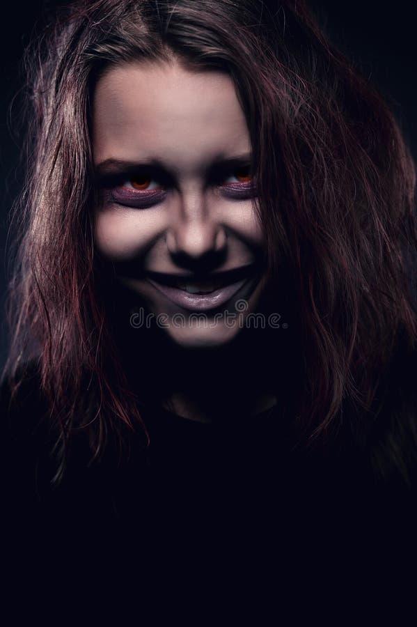Meisje dat door een demon wordt bezeten royalty-vrije stock foto's