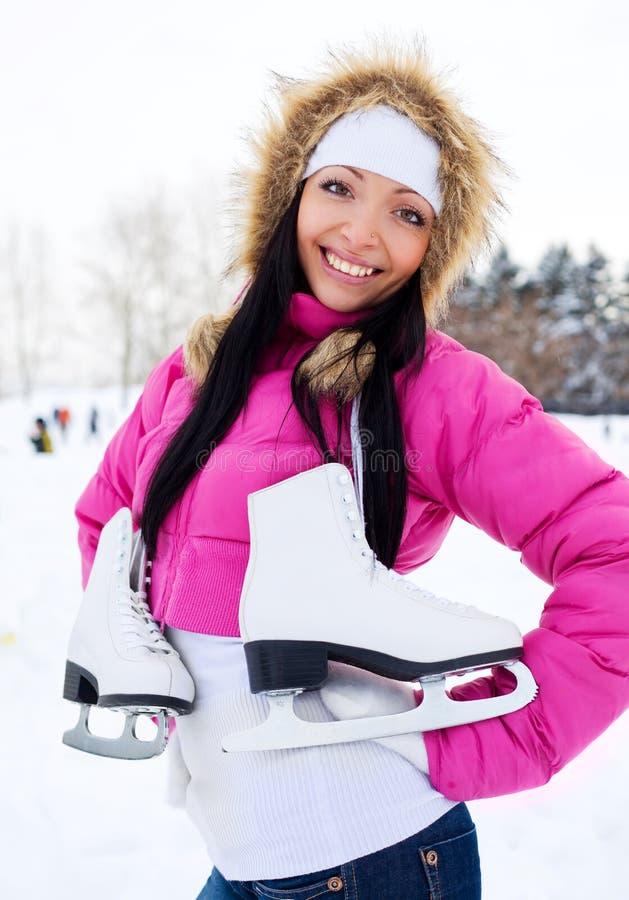 Meisje dat naar schaats gaat stock afbeelding