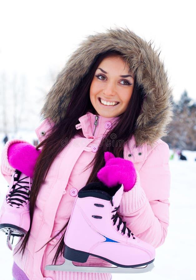 Meisje dat naar schaats gaat stock foto