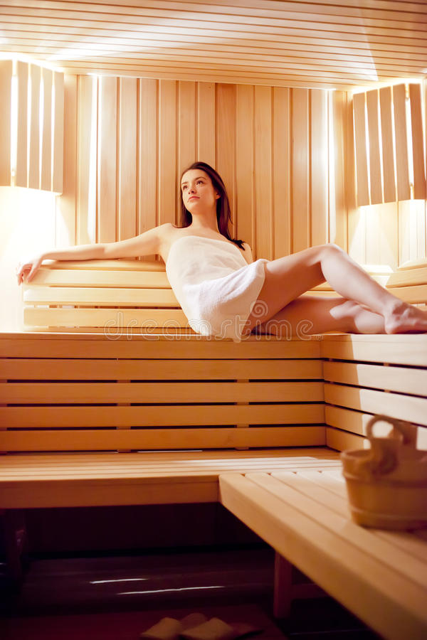Meisje in de sauna