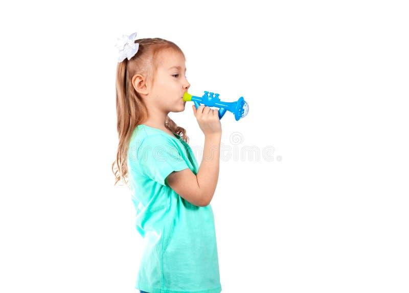 Meisje die een pijp spelen stock afbeeldingen